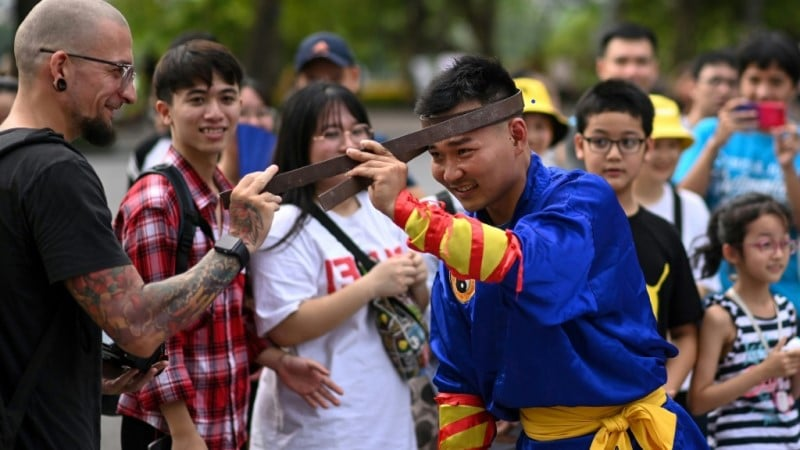 A Student of Thien Mon Dao Martial Arts in Hanoi.afp