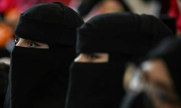 Taliban Order University Women to Wear Face-Covering Niqab