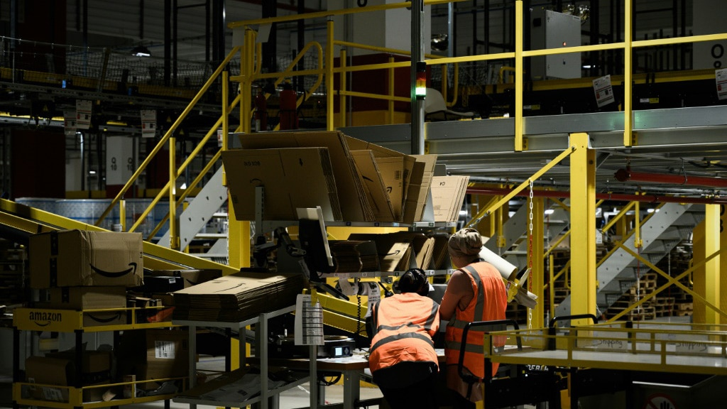 Amazon Warehouse.afp