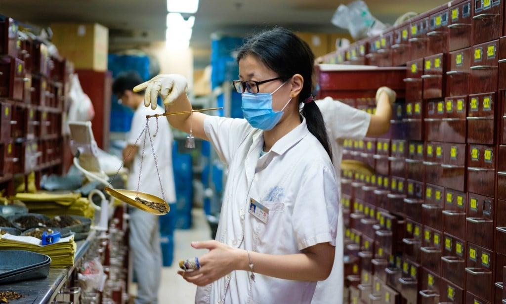 Apothecary @Jiangsu Chinese Medical Hospital, Nanjing, China ©Kristoffer Trolle