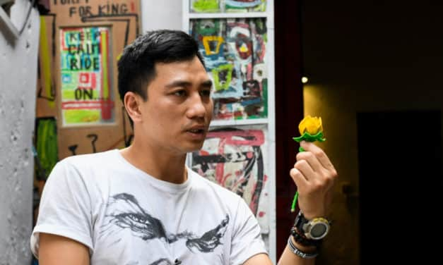 Controversial Vietnamese Artist Briefly Detained by Officials