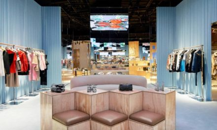 Burberry Puts 'Social Retail' to the Test at Shenzhen
