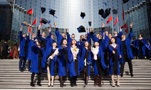 Top Chinese Business School Grants Scholarship for Indian Students