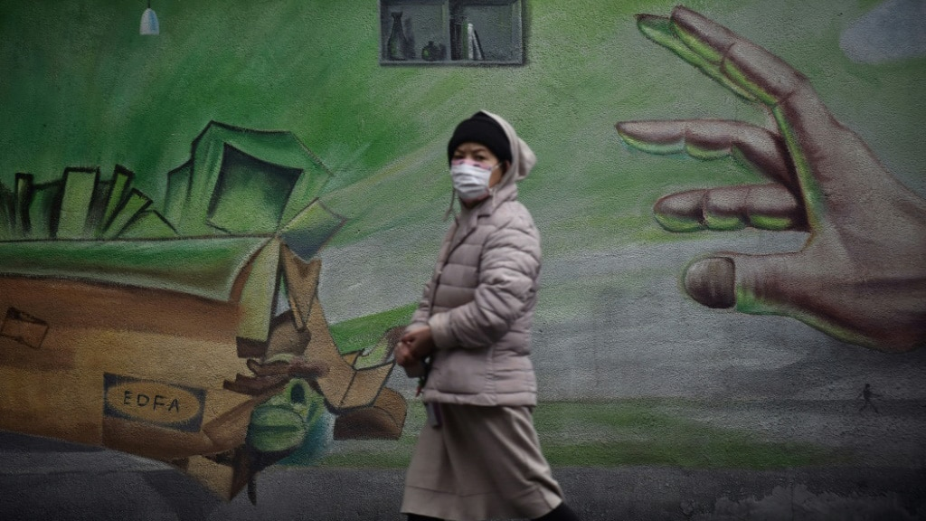 China Struggling with the Uncertainty Over Isolation.afp
