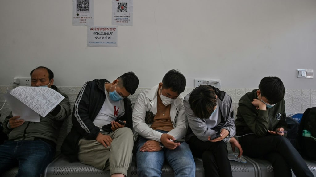 Chinese Estimated Joblessness at 20.5 percent.afp