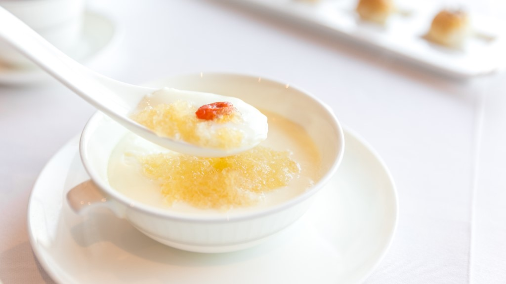 Double-Boiled Egg White Custard with Bird's Nest at Lung King Heen, Hong Kong - City Foodsters