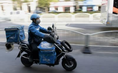 China Makes 'Contactless' Delivery Amid Virus