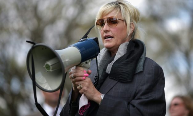 Largest Class-Action Suit Ever Filed in Australia Backed by Erin Brockovich
