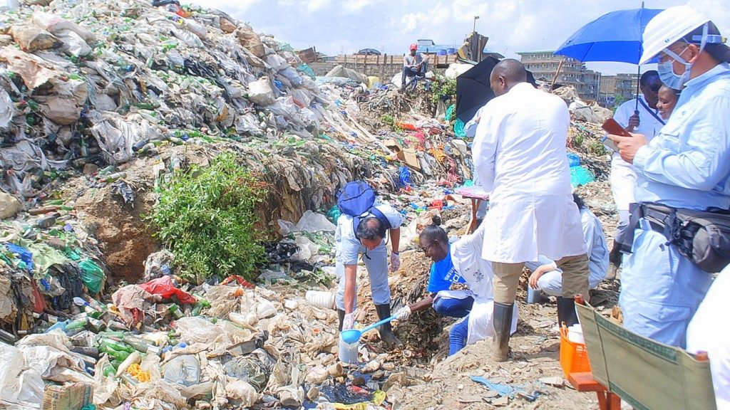 Experts on Mercury IDEA testing from Dumpsite - Japan assisted consultants - Ministry of Environment and Forestry Kenya