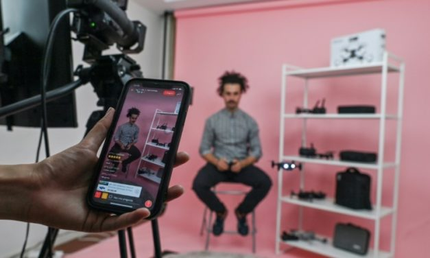 Chinese Firms Add Foreigners to Host Live-Stream Shopping