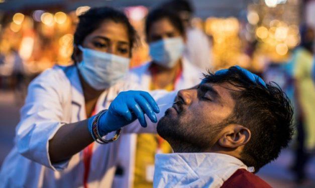 Weekend Shutdown in Delhi as COVID Grips India