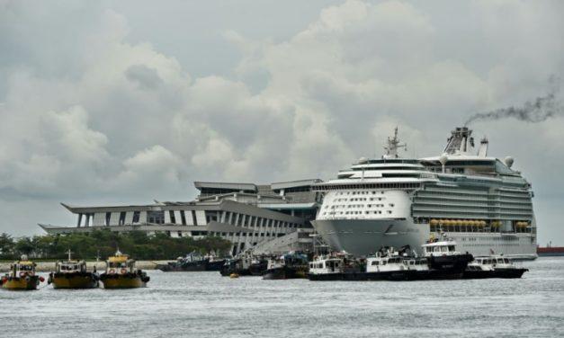 "Singapore Hopes to Start ""Cruises to Nowhere"""