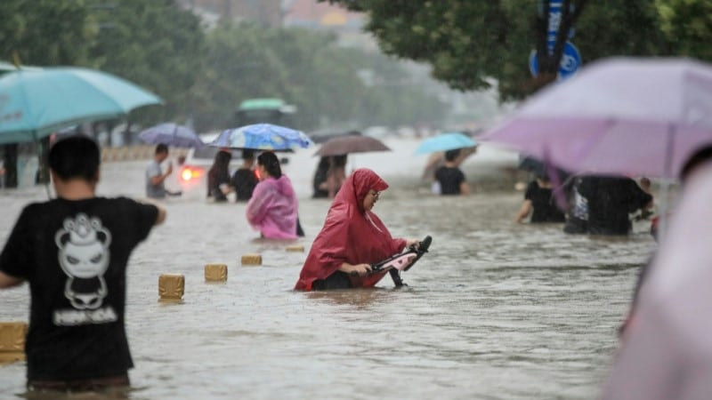 Heavy Rain Pounded Central China