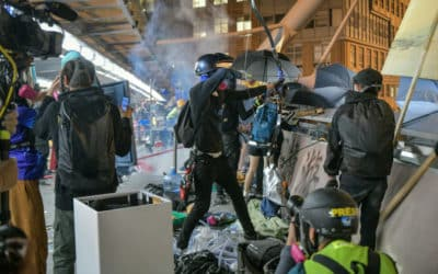 Choosing to Stay: The Last Holdout at HK Polytechnic Siege