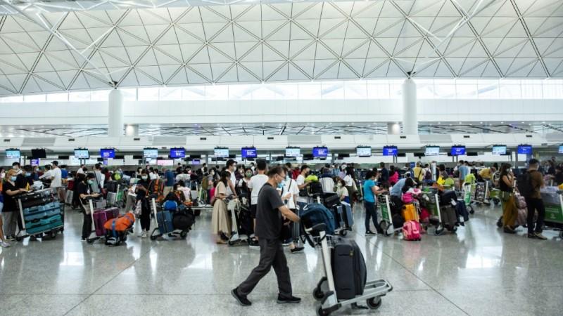 Hong Kongers Moving to Britain