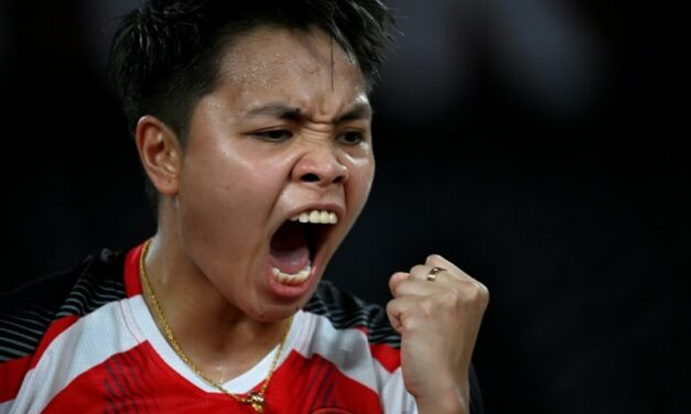 'She Never Gets Tired': Indonesian Dad Hails Daughter's Badminton Gold