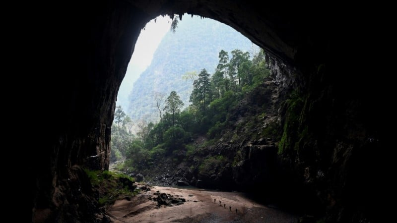 International Travelers to Son Doong