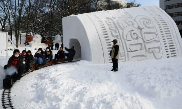 Snow Problem for Japan's Ice Sculpture Festival