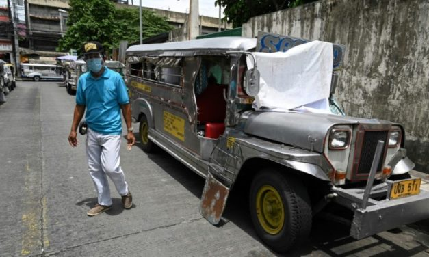Hungry and Homeless: Philippine 'Jeepney' Drivers Hit by Virus