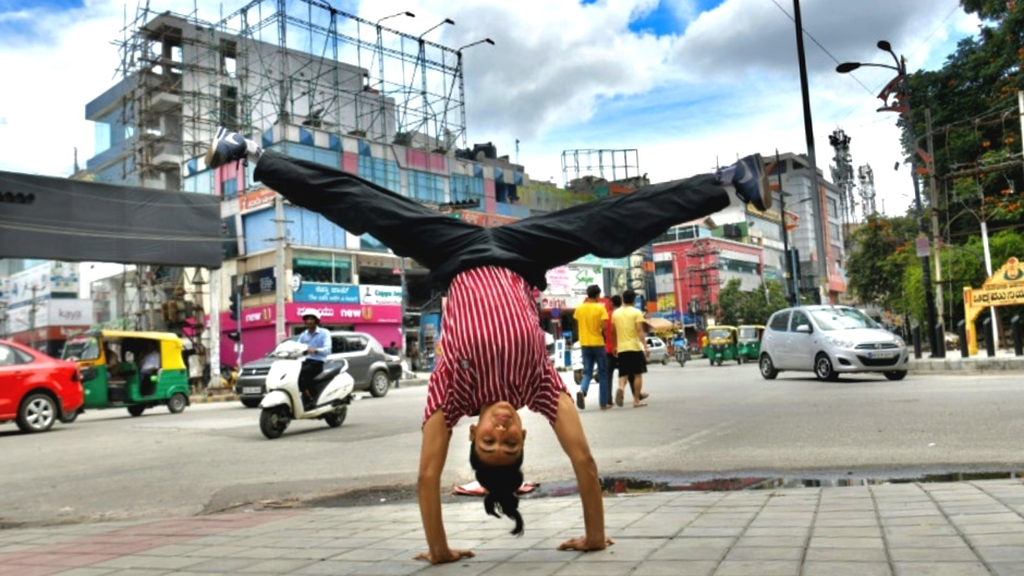 Johanna Rodrigues Female Breakdancer in India ©AFP