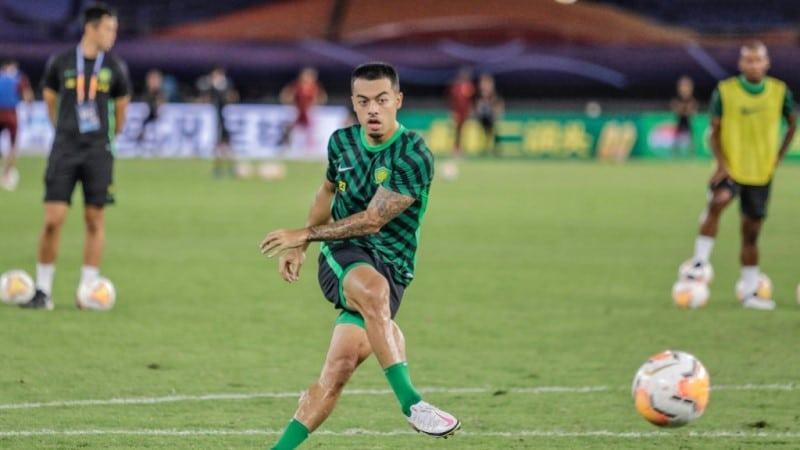 Li Plays for Beijing Guoan