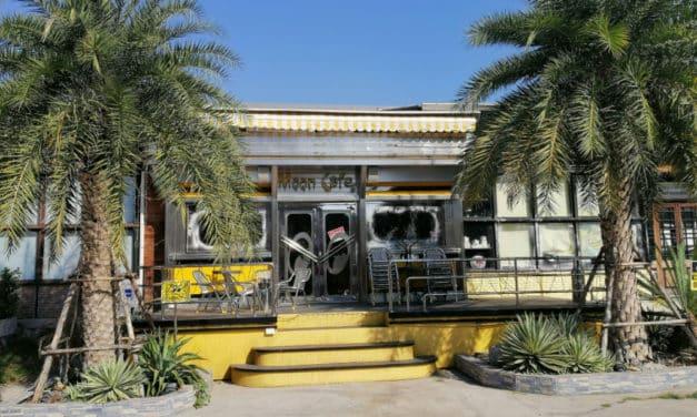 Thai Cafe Faces Backlash From Fans Over Blackpink Lisa Visits