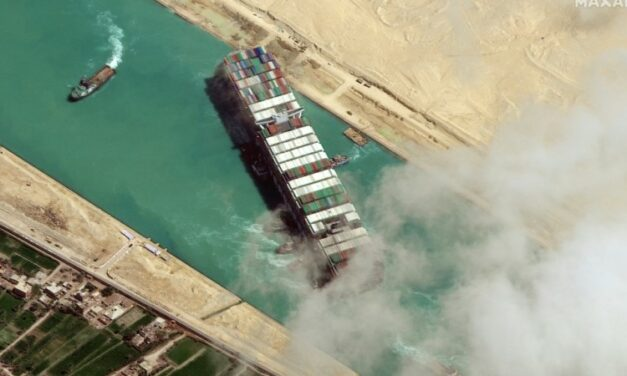 Egypt Signs Non-Disclosure Deal over Canal Blockage Compensation