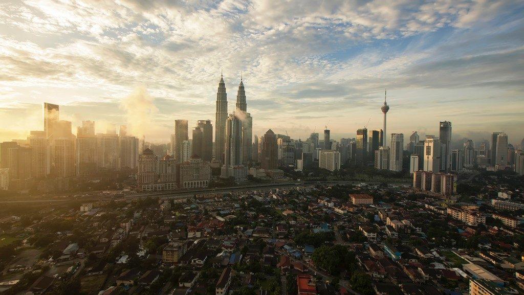 Malaysia Skyline © Zukiman Mohammed