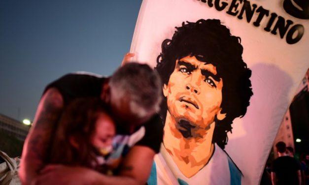 Maradona Mourned, Kobe's Tragedy: Sports Deaths in 2020