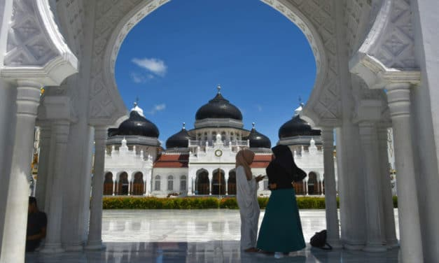 Growing Trend in Indonesia: 'Marriage Without Dating'