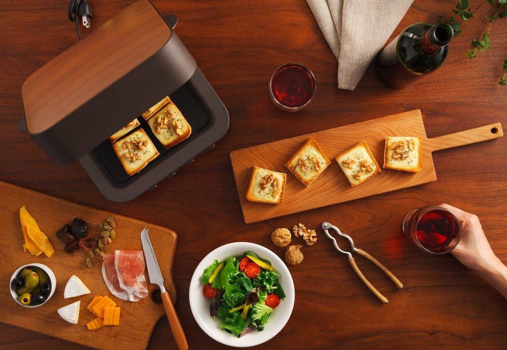 Mitsubishi Toaster on Table
