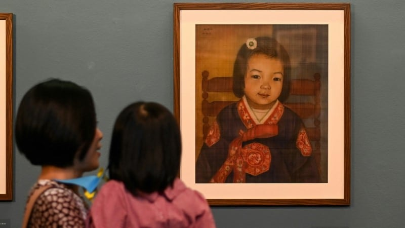 Mong Bich Silk Painting