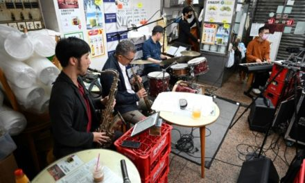 Hong Kong Jazz Band Turns Cramped Noodle Shop into a Concert Hall