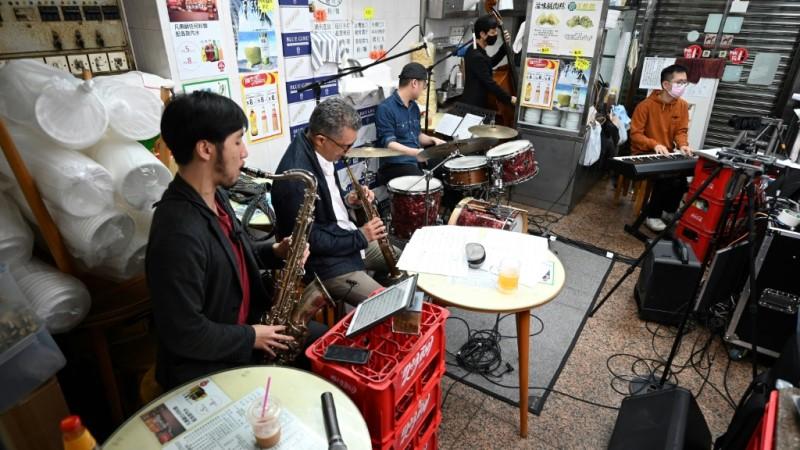 Musicians Inside the Noodle Restaurant