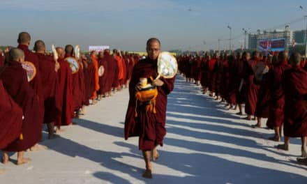 30,000 Monks Gathered for the Spectacular Alms-Giving Event