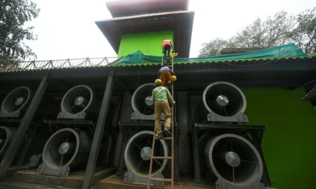 Indian Capital Opens First 'Smog Tower'