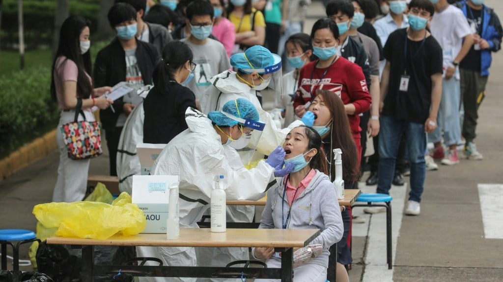 New Infections Emerge Since Wuhan Re-opend on April.afp