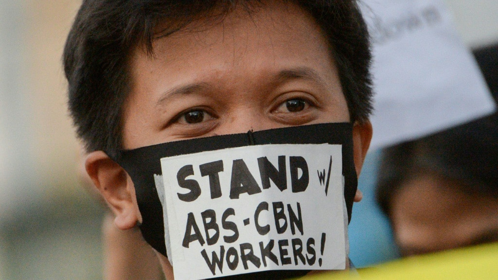 Philippines ABS-CBN Ordered to Off the Air.afp