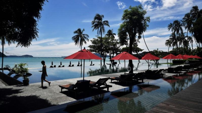 Phuket Hotels Closed
