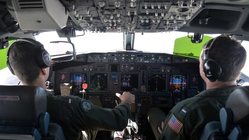 Pilots Assist in Search of MH370 ©U.S. Indo-Pacific Command