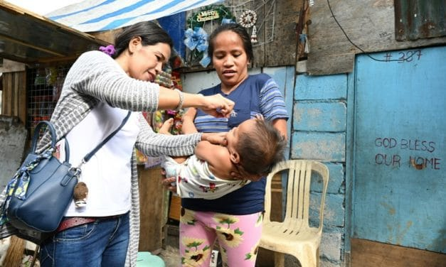 Philippines Begins Mass Vaccinations After Polio Returns