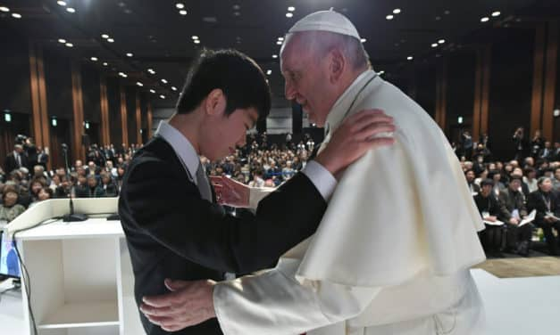 Pope Meet with Japan Disaster Survivors