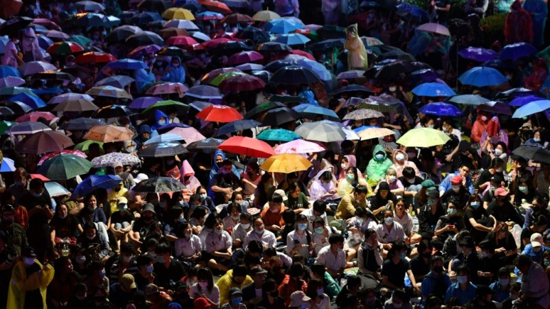 Pro-Democracy Protesters Use Umbrellas