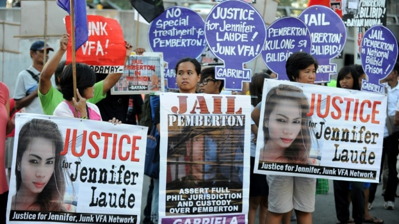 Protesters in Camp Aguinaldo in 2015
