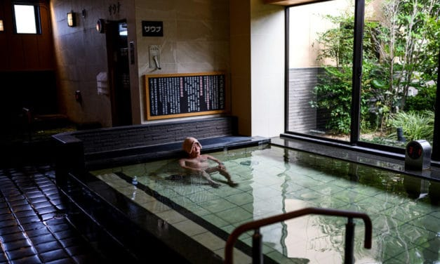 Customers Rushed to Japanese Bathhouses Post-Lockdown