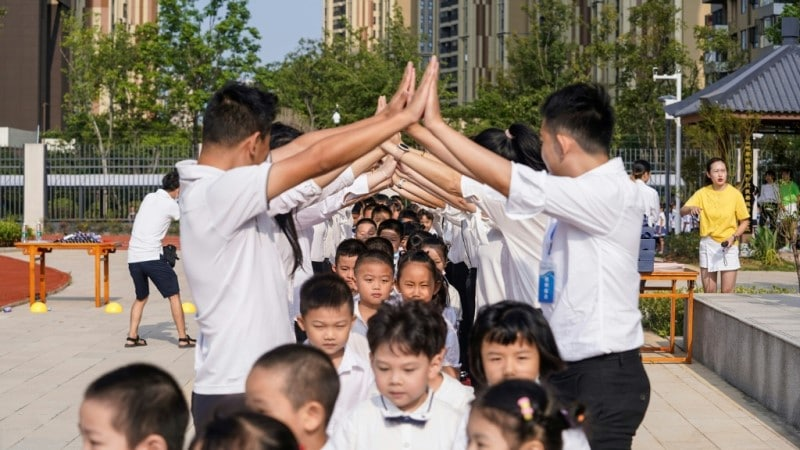 Pupils Arrived in Wuhan Schools