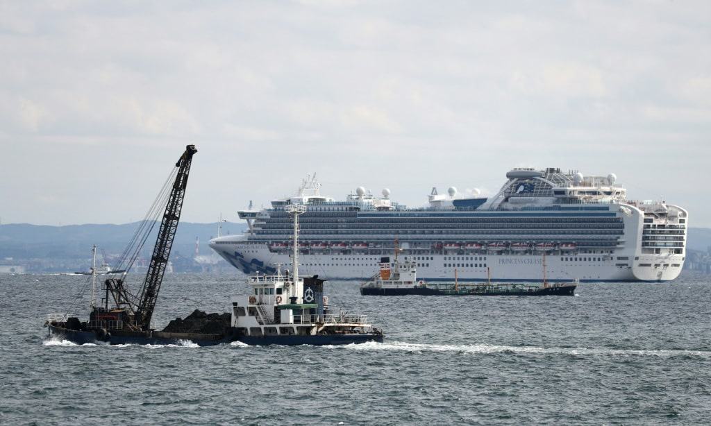 Quarantined Cruise ship in Japan.afp