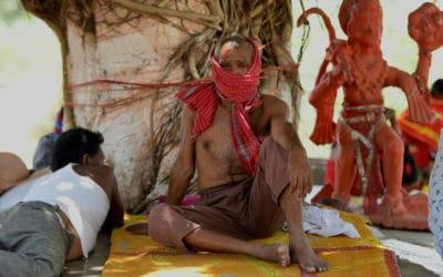 India Melts as Temperature Hits 120 Degrees