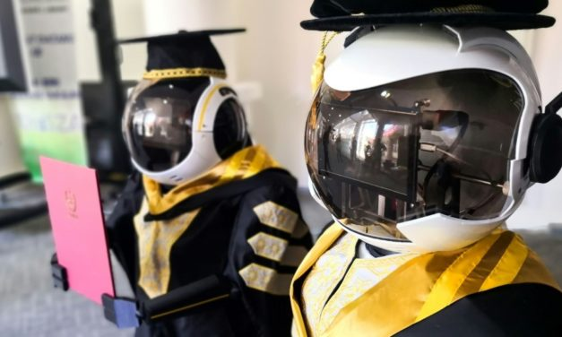 Malaysian University Using Robot for Graduation Ceremonies to Cut Virus Risk