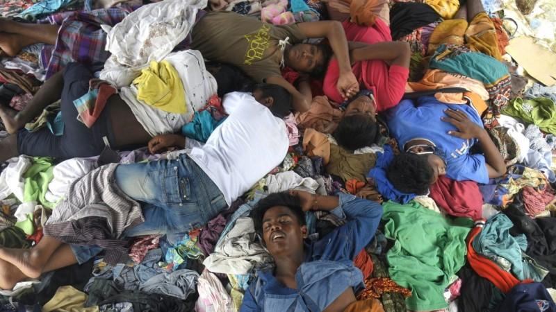 Rohingya Crossing to Malaysia